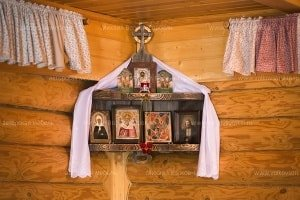 The iconostasis for the log house