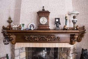 Fireplace shelf with bulls